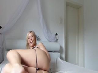 Порно видео со зрелой дамочкой, которая